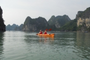 Ha Long Bay and Kayaking (2 days - 1 night - Code 010)